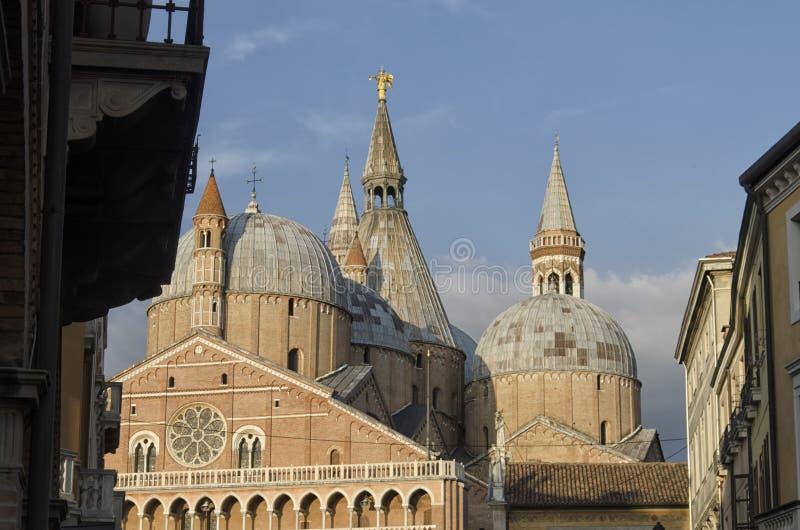 La basílica de St Anthony en Padua imágenes de archivo libres de regalías