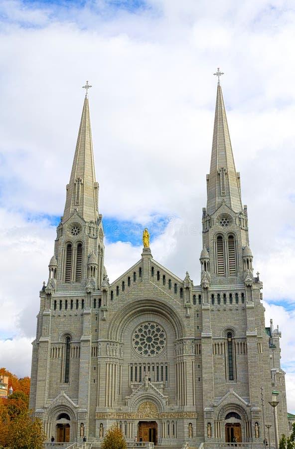 La basílica del Sainte-Anne-de-Beaupré imágenes de archivo libres de regalías