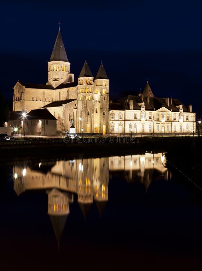 La basílica du Sacre Coeur en el Paray-le-Monial fotografía de archivo libre de regalías