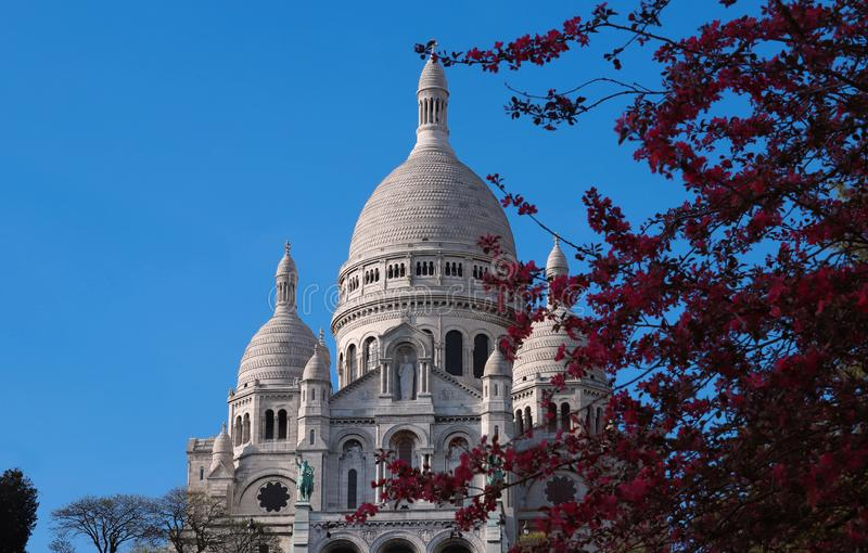 La bas?lica famosa Sacre Coeur, Par?s, Francia foto de archivo libre de regalías