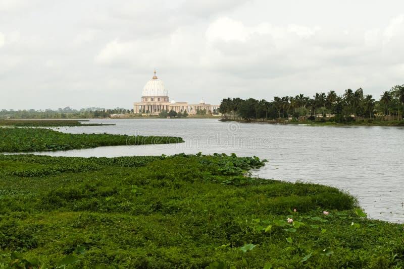 La basilica della nostra signora di pace, Yamoussoukro fotografia stock