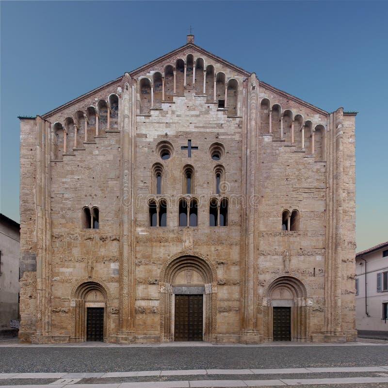 La basilica di San Michele Maggiore a Pavia fotografia stock libera da diritti