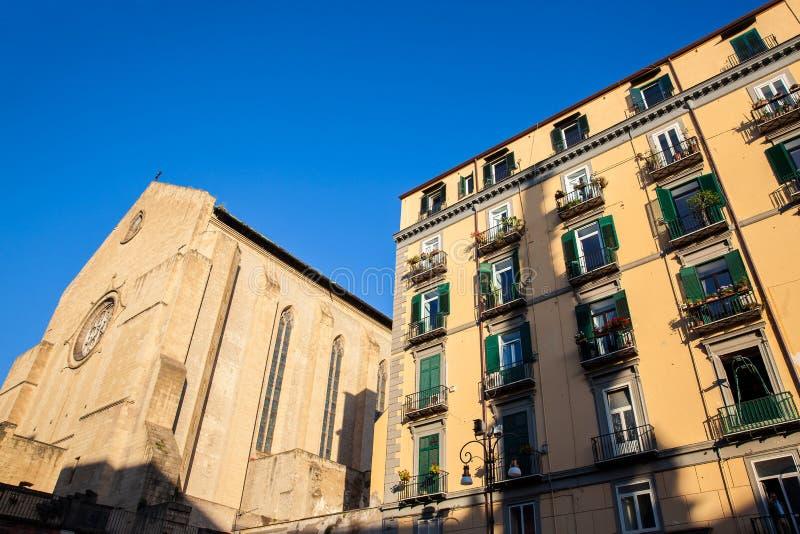 La basilique de Santa Chiara a construit le 13ème siècle à Naples photos stock