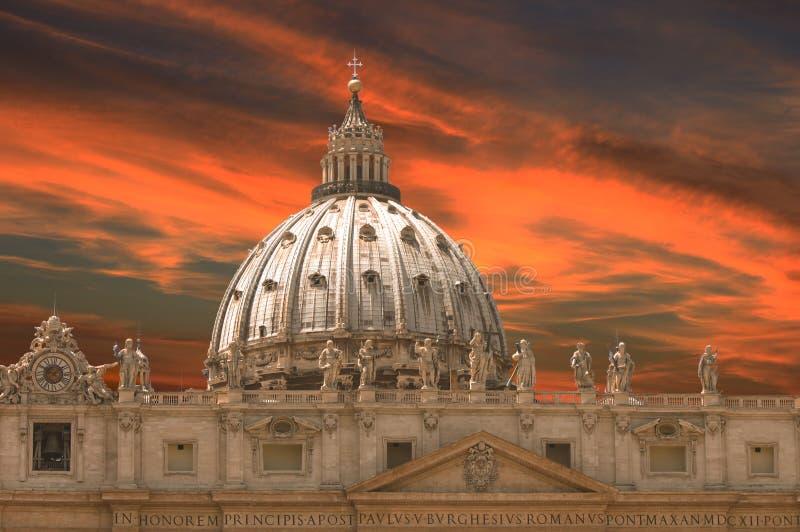 La basilique de St Peter en place de St Peter, Ville du Vatican Mus?e de Vatican, Rome images libres de droits