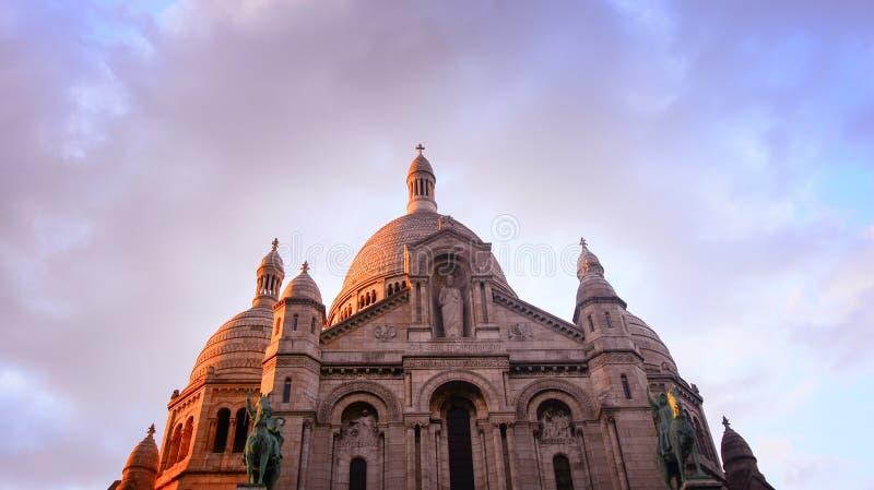 La basilique du coeur sacré de Paris, France image stock