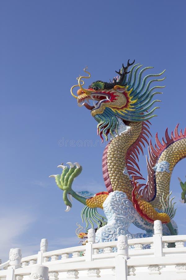 La beauté de la province, ville allume le stu de dragon photos stock
