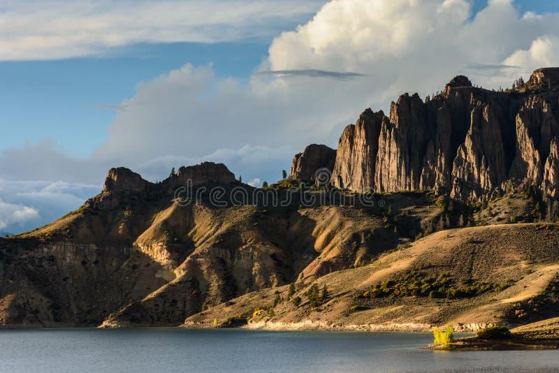 La beauté naturelle du Colorado Rocky Mountains - Mesa At bleu photos stock