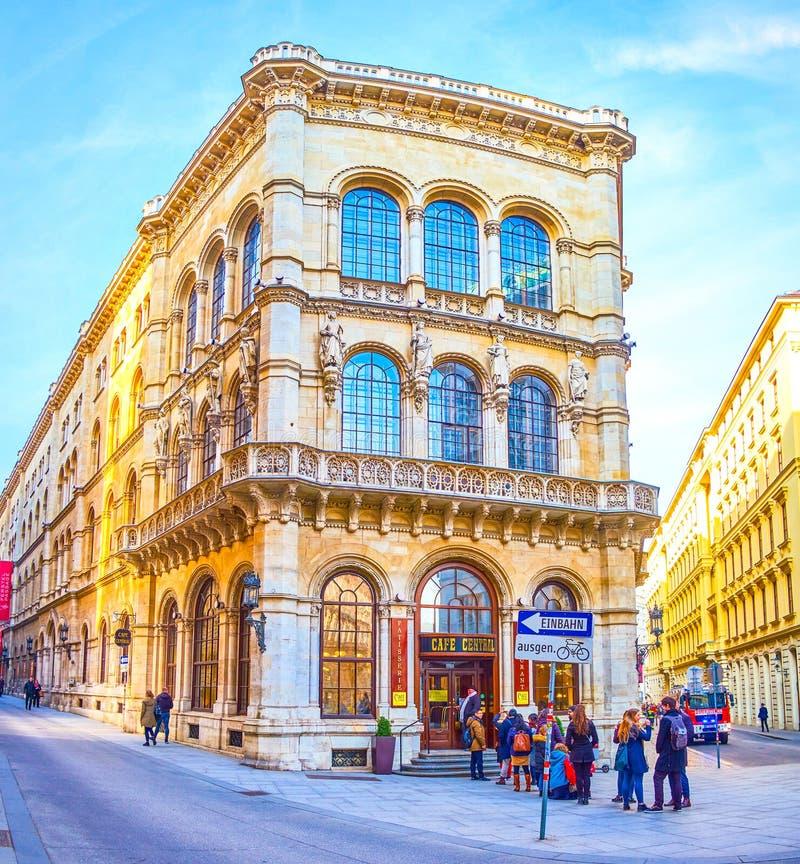 La bella facciata del palazzo di Ferstel a Vienna fotografia stock libera da diritti