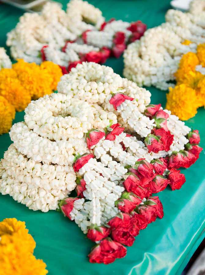 La bella ghirlanda tailandese del fiore immagine stock libera da diritti