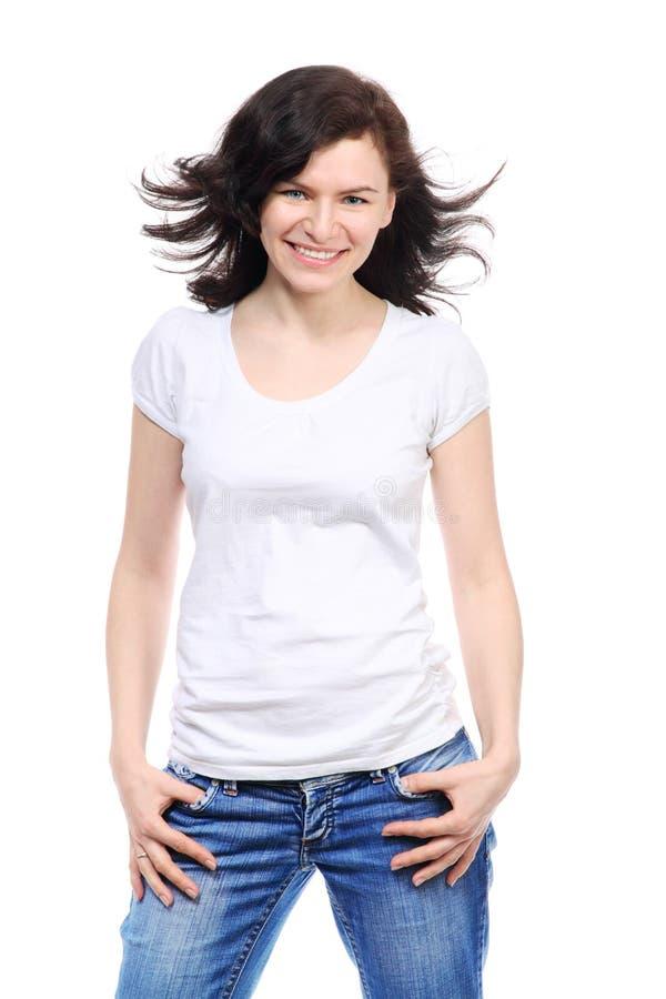 La bella ragazza del brunette è sorriso fotografia stock libera da diritti