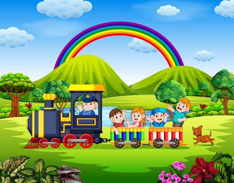La bella vista con i bambini dentro il treno che ondeggia sotto l'arcobaleno royalty illustrazione gratis
