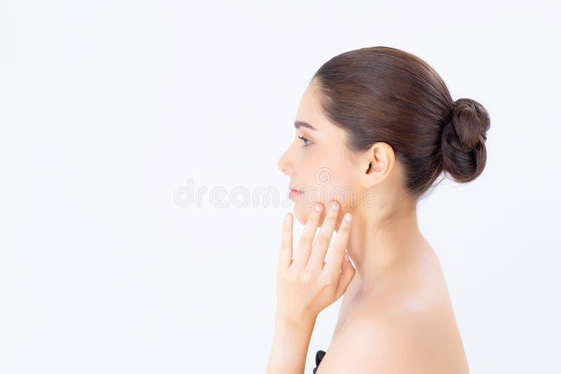 La belle Asiatique de femme de portrait composent du cosmétique, près de la fille image stock