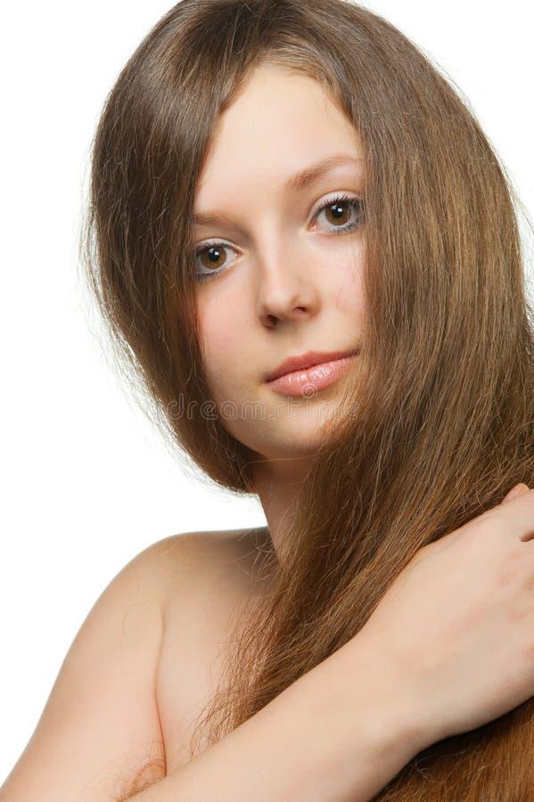 La belle fille avec le long cheveu sain image libre de droits