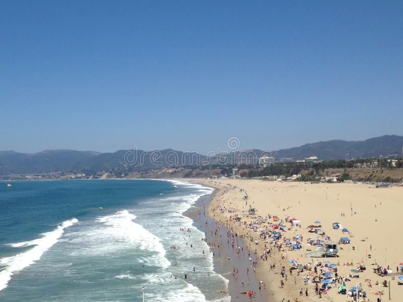 La belle plage de la Californie images libres de droits