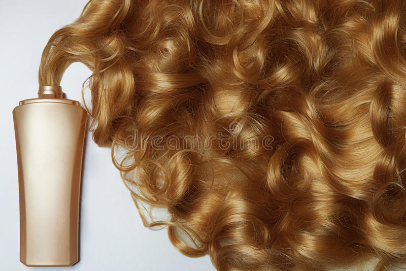 Download La Belle Vie De Cheveux Toujours Blonds Image stock - Image du coiffure, condition: 77153239