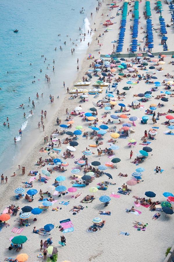 Download La Belle Ville Merveilleuse De Plage De Tropea Photo stock éditorial - Image du été, méditerranéen: 76080948