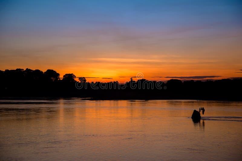 La belleza de la puesta del sol fotografía de archivo libre de regalías