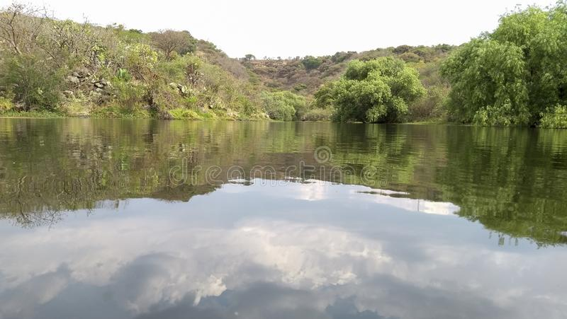 La bellezza della natura nelle montagne immagine stock libera da diritti