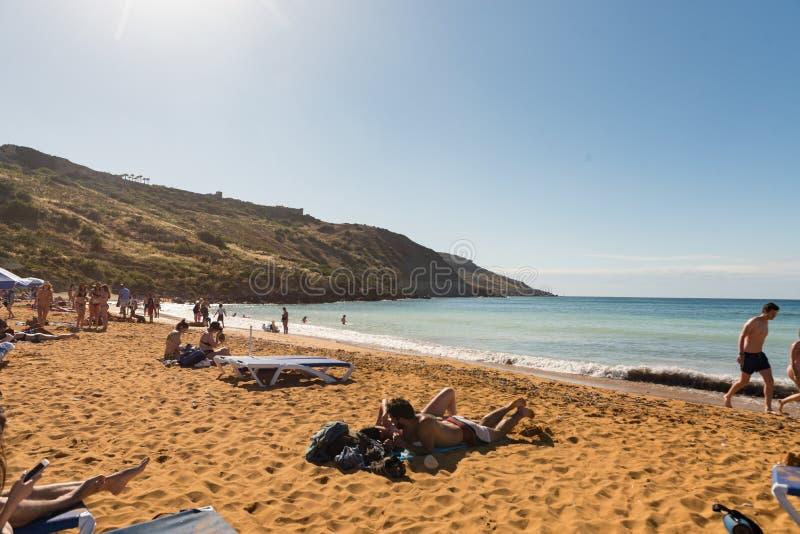 La bellissima sabbia rossa arancione e l'acqua blu chiara di San Blas Beach e immagini stock