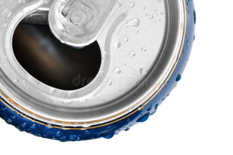 La bevanda fredda può con rugiada fresca immagine stock
