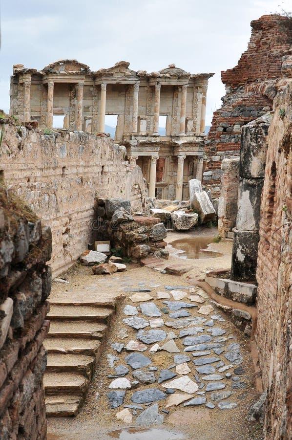 La biblioteca de Celsus vista del cuarto residencial fotografía de archivo libre de regalías