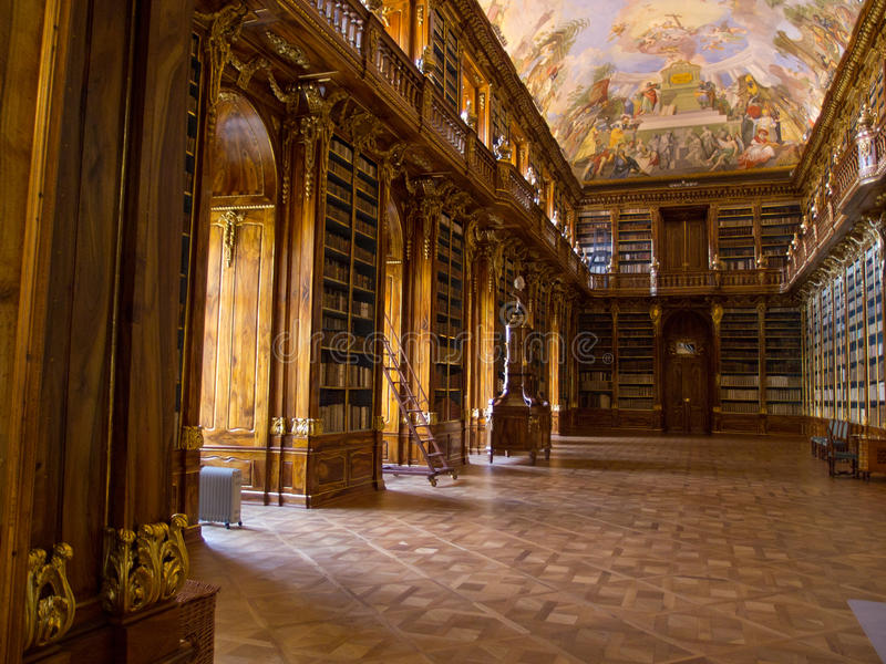 La bibliothèque de Strahov à Prague. photo stock