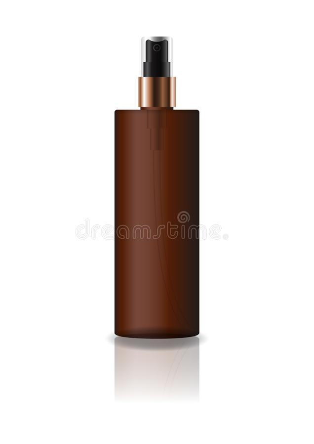 La botella cosmética del cilindro del marrón del espacio en blanco con el espray presionado va a belleza o el producto sano fotos de archivo