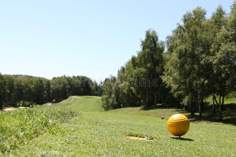 La boule jaune images stock
