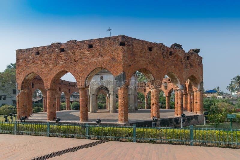 La brique sans toit a construit Rasmancha, Kalna, le Bengale-Occidental, Inde images libres de droits