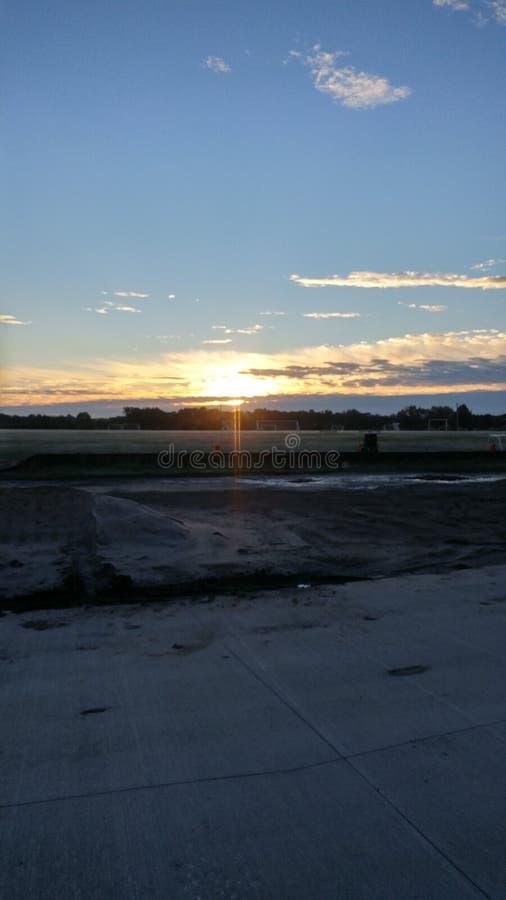 La buena mañana Rosehill Kansas se besó por la mañana Kansas de GodGood que se escabullía para arriba para despertar u foto de archivo
