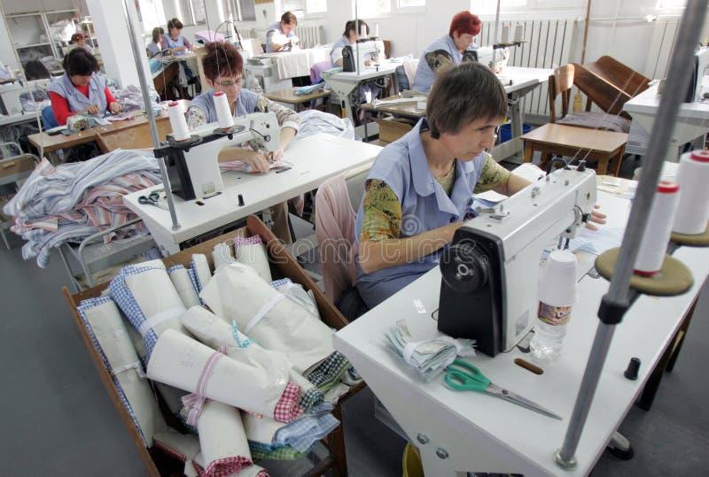 La Bulgaria adatta la fabbrica dei vestiti immagini stock libere da diritti