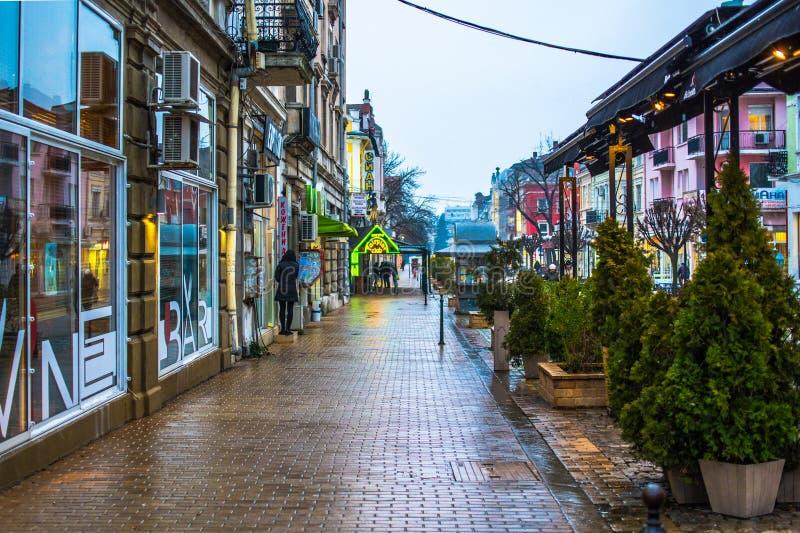 La Bulgarie, Ruse, la rue piétonnière principale photographie stock libre de droits