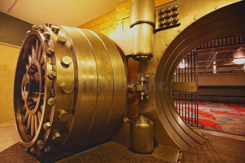 La cámara acorazada, espacio de la cámara acorazada de banco imagen de archivo libre de regalías