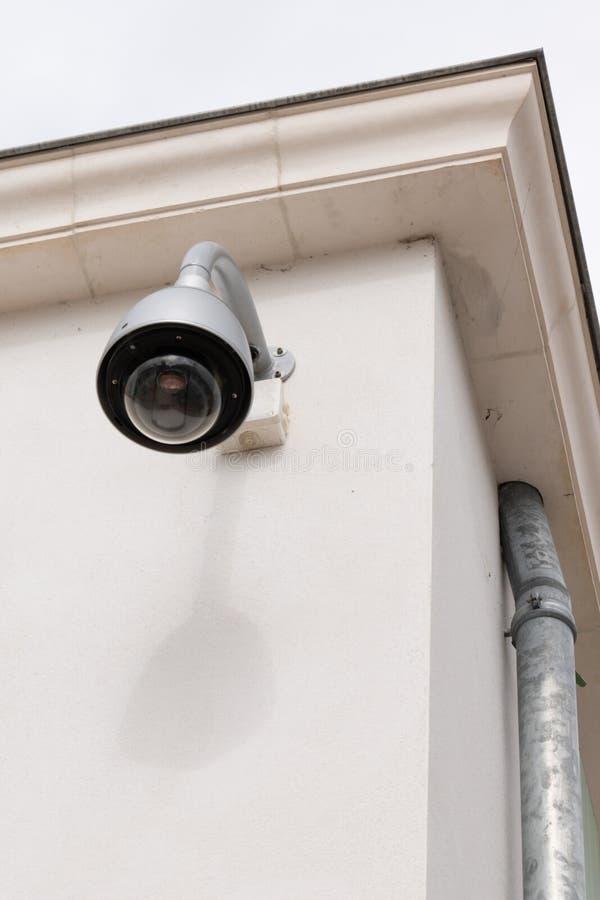 La cámara de seguridad del CCTV protege el hogar a los ladrones fotos de archivo