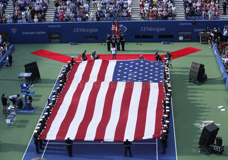 La cérémonie d'ouverture avant match final de femmes de l'US Open 2013 chez Billie Jean King National Tennis Center image stock