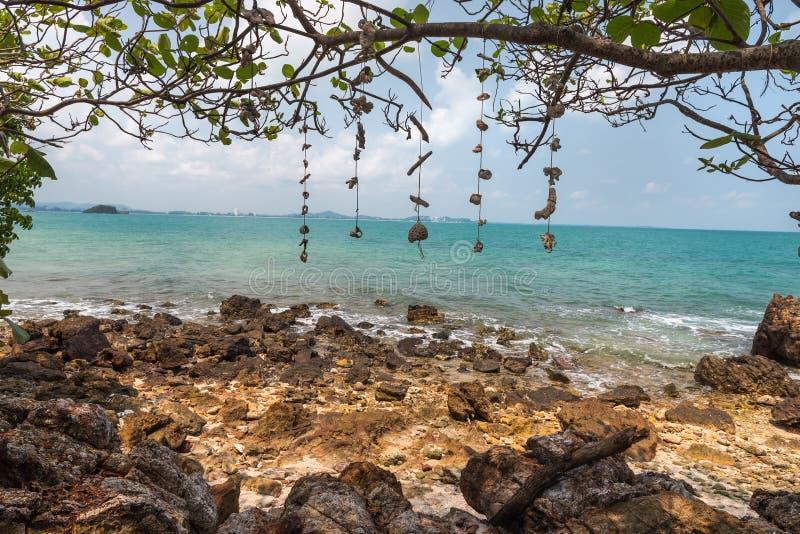 La côte de Koh Rang Isle de Ko a sonné le parc national, Koh Chang, photographie stock libre de droits
