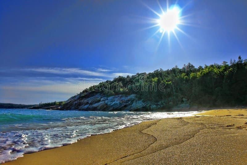 La côte du Maine au stationnement national d'Acadia images libres de droits