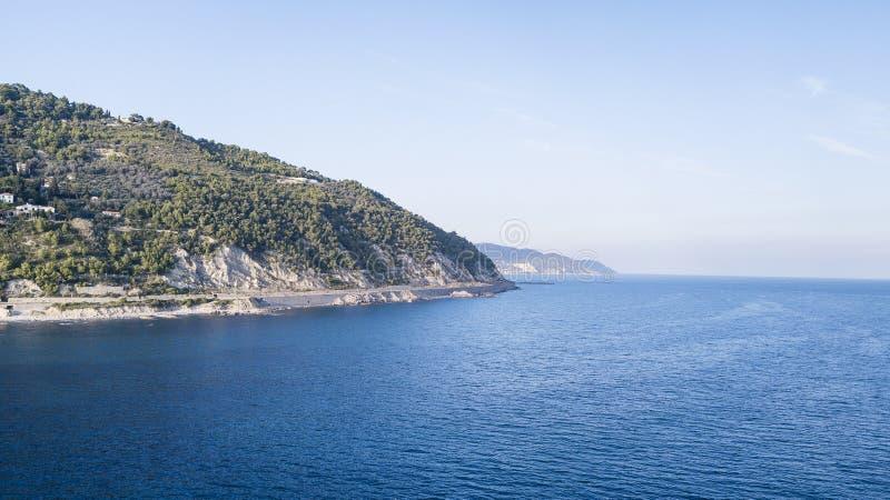 La côte ligurienne du Ponenete la Riviera photo libre de droits