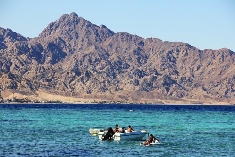 La côte de la Mer Rouge dans Dahab, Egypte image stock