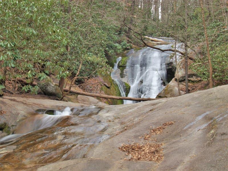 La cala del ` s de la viuda cae en el parque de estado de Stone Mountain fotografía de archivo libre de regalías
