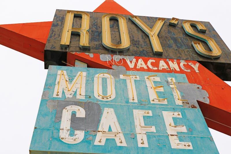La Californie, le signe de motel du ` s de Roy image stock