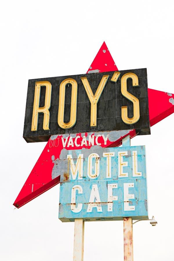 La Californie, le signe de motel du ` s de Roy photographie stock