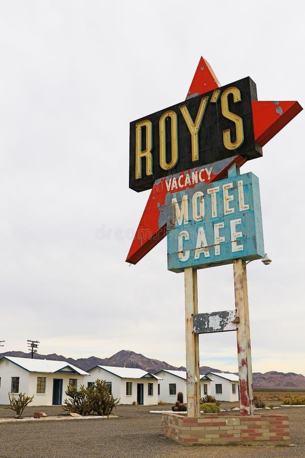 La Californie, le signe de motel du ` s de Roy photo libre de droits