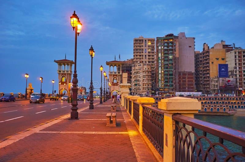 La calzada en el puente de Stanley, Alexandría, Egipto fotos de archivo libres de regalías