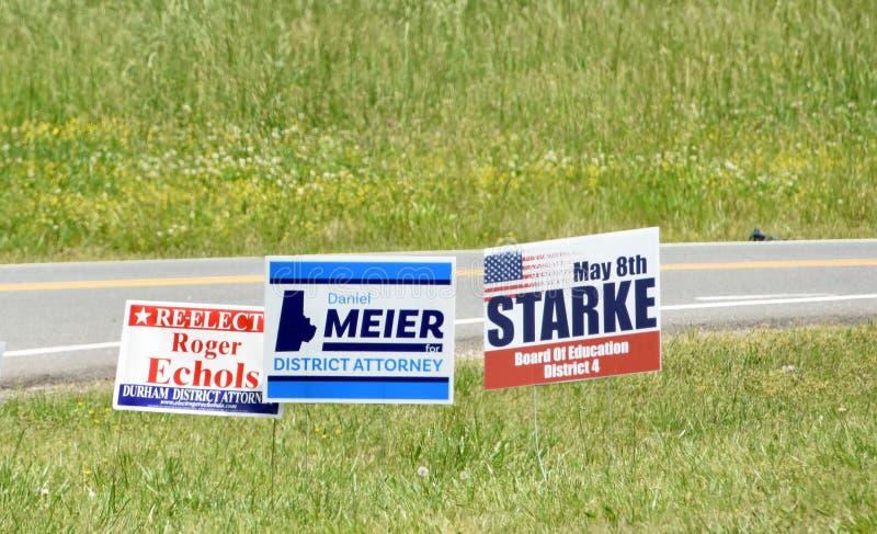 La campaña electoral de elecciones primarias firma Carolina del Norte foto de archivo