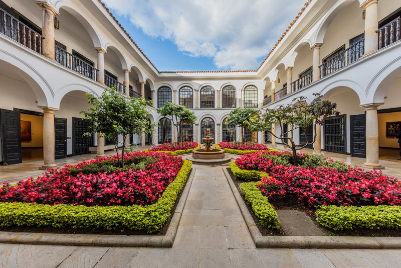 La Candelaria Bogota Colombia do museu de Museo Botero fotos de stock