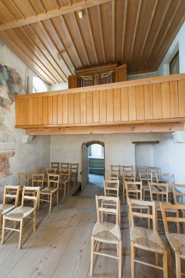 La cappella del castello di Oberhofen, Svizzera immagini stock