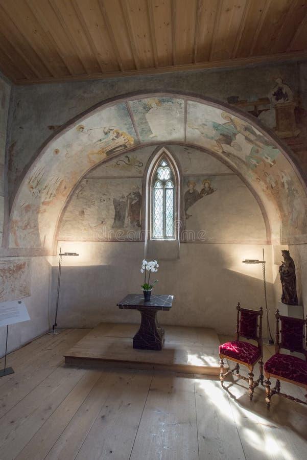 La cappella del castello di Oberhofen, Svizzera fotografie stock libere da diritti