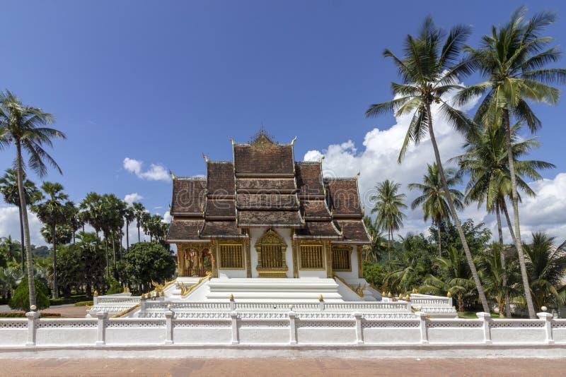 La cappella reale o del palazzo del tempio, di colpo di Pha del biancospino, Luang Prabang, Laos fotografie stock libere da diritti