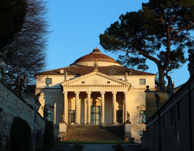 La capra della villa ha detto la La Rotonda dall'architetto veneziano Andrea Palladio, a Vicenza immagini stock libere da diritti